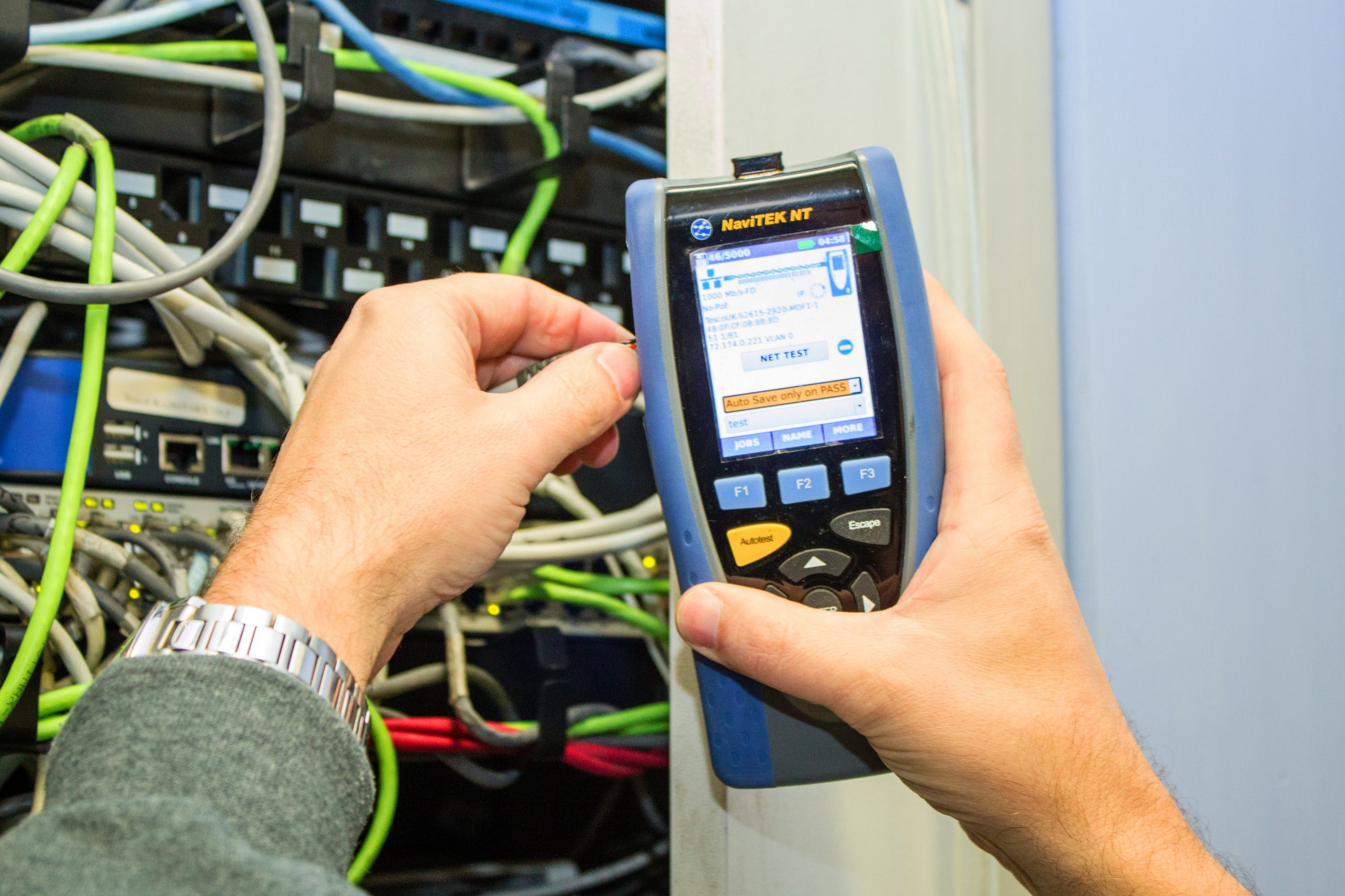 ISG Technology, a network service business, has experienced benefits beyond cost effectiveness and time saving, when installing cables and network troubleshooting, with the IDEAL Networks handheld NaviTEK NT Pro.