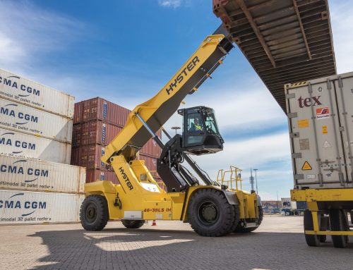 Elevating Hyster® Reachstacker Cabin Wins Top Industry Award