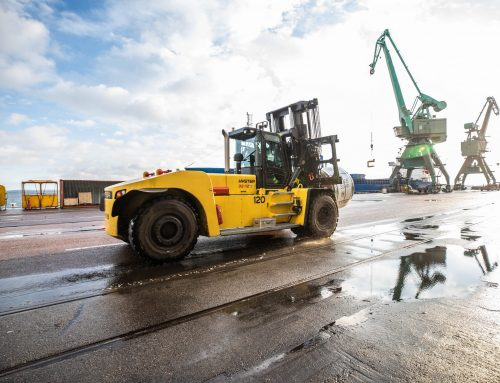 HYSTER® TELEMATICS KEEPS LIFT TRUCK DRIVERS ON TRACK FOR HEAVY METAL HANDLING